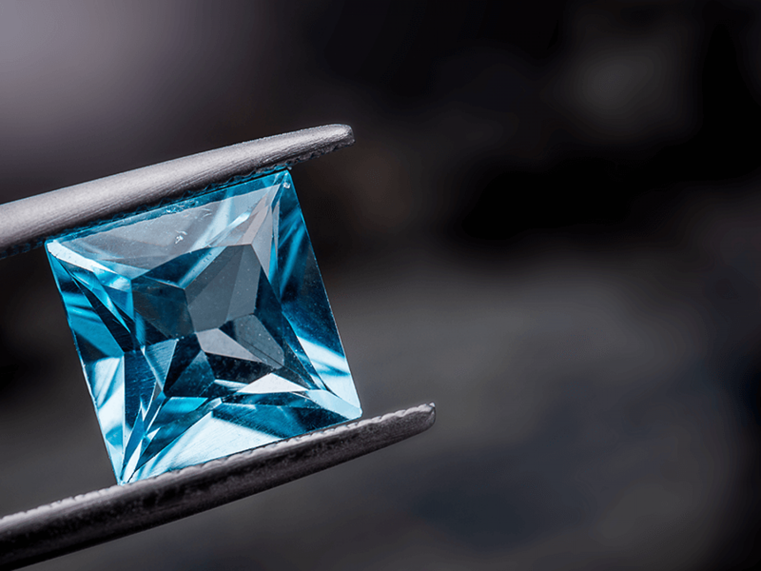 What is a Blue Topaz Gemstone?